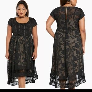 NEW WITH TAGS black floral hi-lo dress